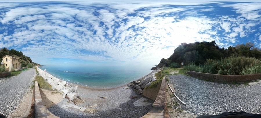spiaggia-promontorio-dannunziano-2